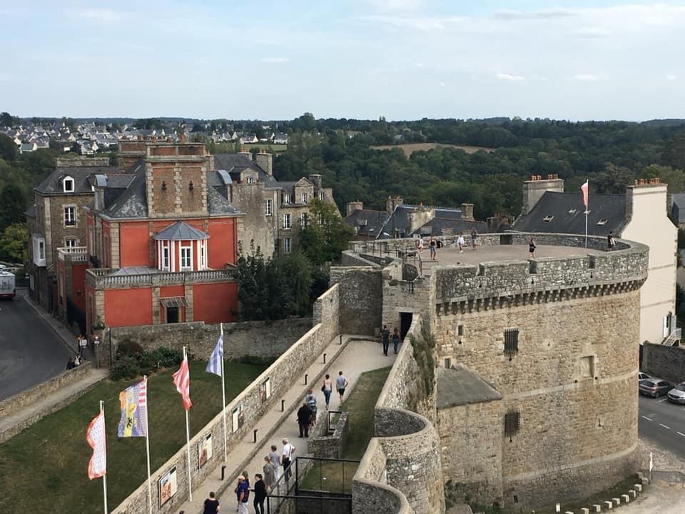 château de dinan journées européennes du patrimoine tour coëtquen fréquentation public visiteurs visite guidée loisirs découverte
