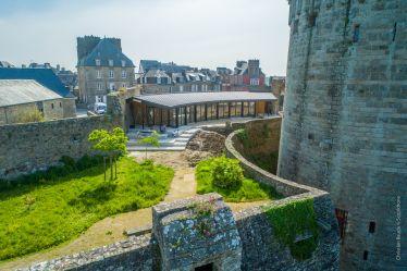 chateau château dinan bretagne côte armor visite touriste touristique billetterie boutique achat cadeau visite guide guidée patrimoine histoire architecture
